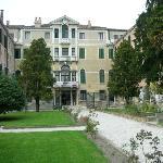 giardino (vista del palazzo)