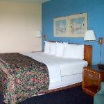 Photo of Ridge Crest Plaza Inn & Suites