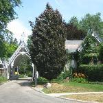 Main entrance to Toronto Necropolous