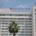 Hollywood Renaissance Suites