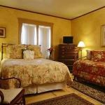 ONE CENTRE STREET INN ON CAPE COD - B&B - ADULTS O