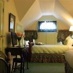 Victorian Carriage House Room