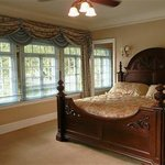 Mansion Guest Room
