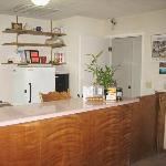 Edgewater Inn Reedley CALobby