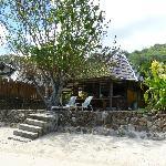 Le bungalow depuis la plage