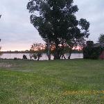 Vista del río Paraná desde el jardín