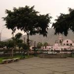 Convento de los Descalzos visto desde la Alameda del mismo nombre. Rimac. Lima. Perú.