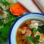 Une succulente soupe thaï, à la citronnelle ;)