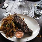 My husband's choice: bistecca with French fries.
