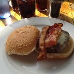 burger at Allen's.