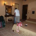 Photo of Hotel E Camino de Hierro