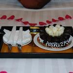 Delicious cake for anniversary!
