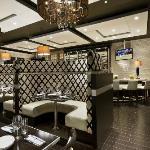 Banquettes in Bistro Bar