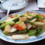 fresh veggies with tofu and brown sauce