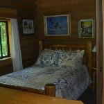 smaller cabin bedroom