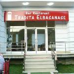 Tradita Elbasanase, Day 1