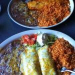 Enchiladas Blancas and #17 combo