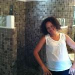love the bathroom design