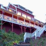 Kenicott Glacier Lodge