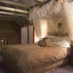 filename__abbey bed11_jpg_thumbnail0_jpg
