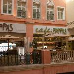 Cafe Pappas in Nelson Mandela Square