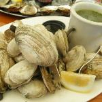 Steamers at Lobster Grill (Inn)
