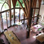 Ausblick von der Galerie in den Restaurantbereich