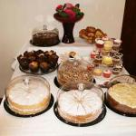 Our Cakes Table