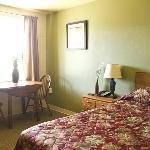 1 Queen Bed with Upgraded Furniture and Amenities