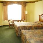 Palace Inn -Suites Lincoln City ORQueens