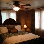 Photo of Vintage Charm Guesthouse /  Hotel