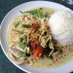 green curry with chicken - sadly I had ordered tofu
