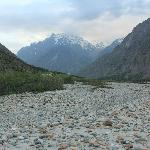 Bhaga riverbed..2 min walk from Padma Lodge