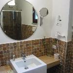 lato lavandino del bagno
