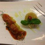 calamaro ripieno e tabule di verdure
