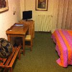 Room #411 Nice LCD TV
