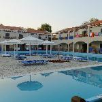 chambres donnant un accès direct à la piscine