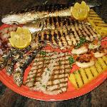 Grigliata mista di pesce alla griglia