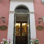 Hotel Ippoliti entrance