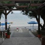 Blick aufs Meer von der Bar