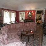 Mrs. Osgoods sitting room.