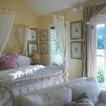 Interior of Waterside Cottage