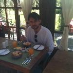 Allan no café da manhã