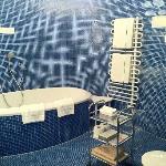 Salle de bain (baignoire + douche italienne)