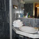 Salle de bain (un peu trop petite)