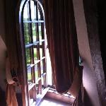 окно в номере