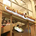 Gloria Jeans Coffees Hotel Supreme Baguio