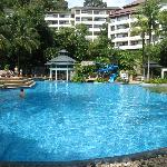 Main pool with swim-up bar