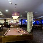 Relax bar - bowling, biliard