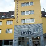Photo of Am Segelhafen Hotel